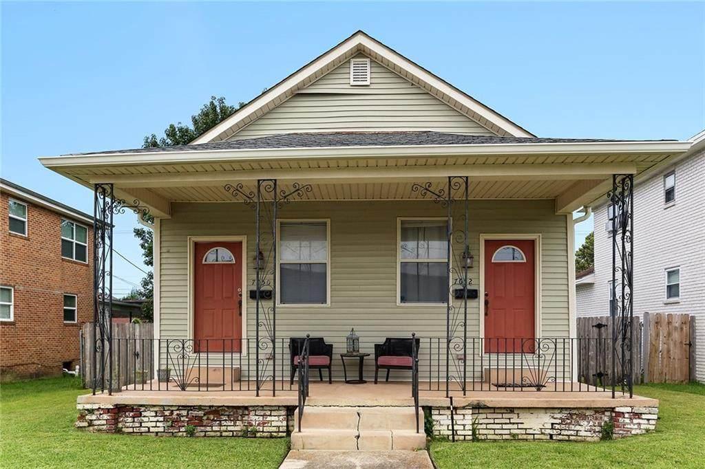7050 52 Orleans Avenue - Photo 1