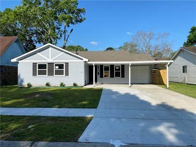208 Bienville Drive, Gretna, LA 70056 (MLS #2311227) :: Crescent City Living LLC