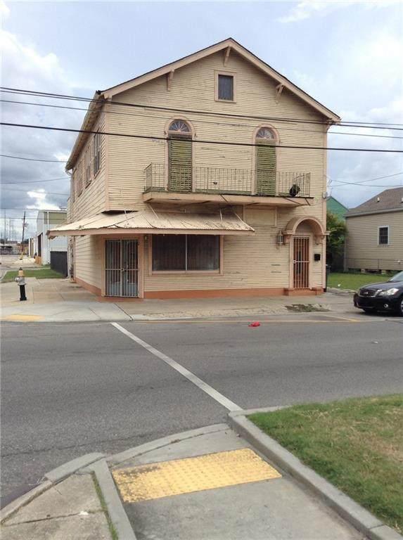 2800-02 Orleans Avenue - Photo 1