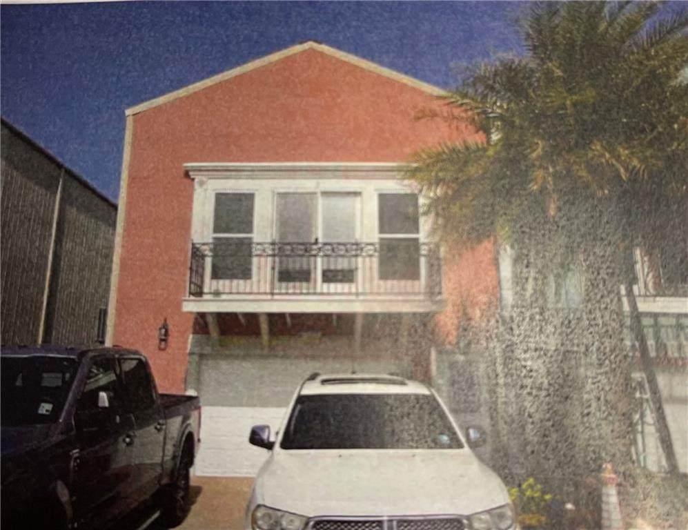 1529 Royal Palm Drive - Photo 1