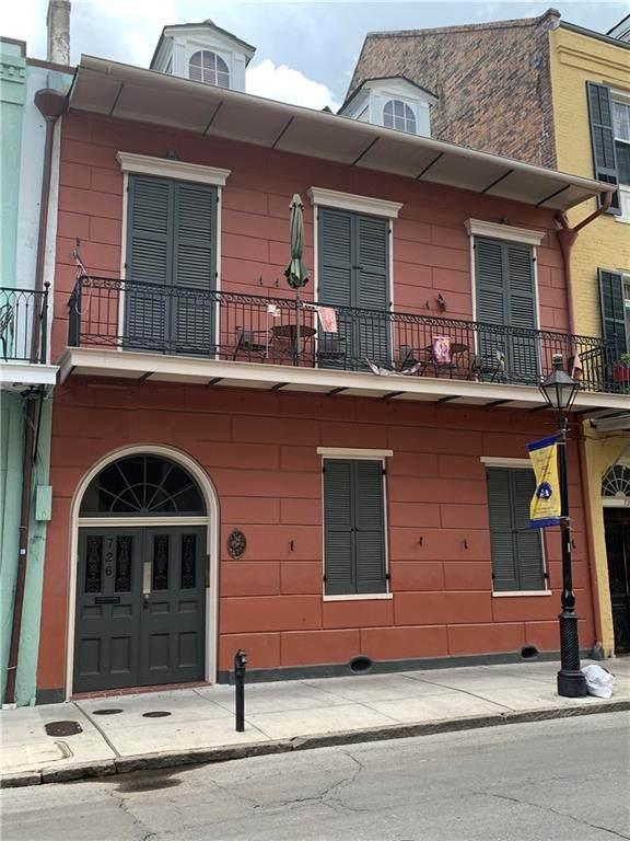 726 Orleans Avenue - Photo 1