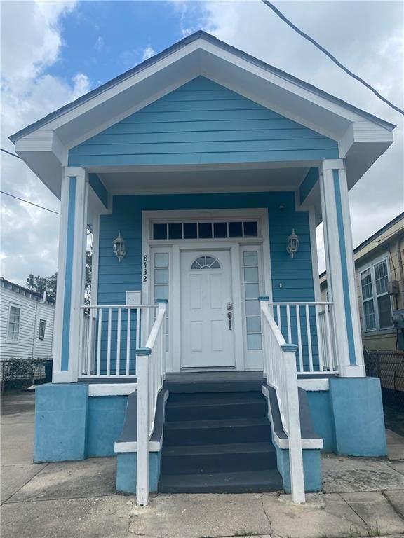 8432 Oleander Street, New Orleans, LA 70118 (MLS #2315393) :: Satsuma Realtors