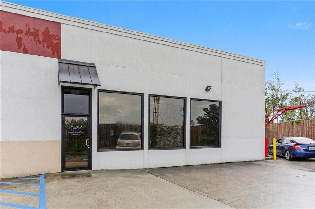 5803 Airline Highway - Photo 1