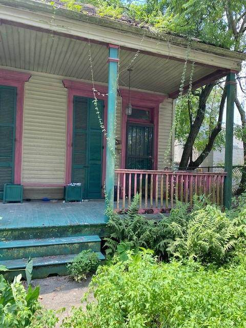 8418 Freret Street, New Orleans, LA 70118 (MLS #2315791) :: The Sibley Group
