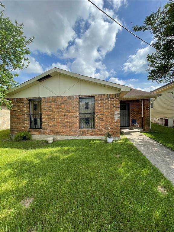 4337 Jeanne Marie Place - Photo 1