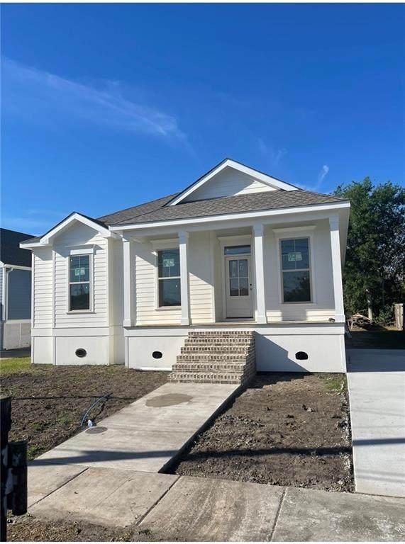 5900 Debore Drive, New Orleans, LA 70126 (MLS #2320356) :: Keaty Real Estate