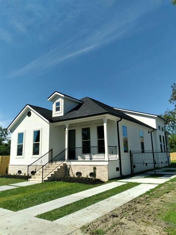 62 W Chalmette Circle, Chalmette, LA 70043 (MLS #2320486) :: United Properties