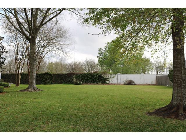 118 Lakewood Estates Drive, New Orleans, LA 70131 (MLS #2092857) :: Turner Real Estate Group
