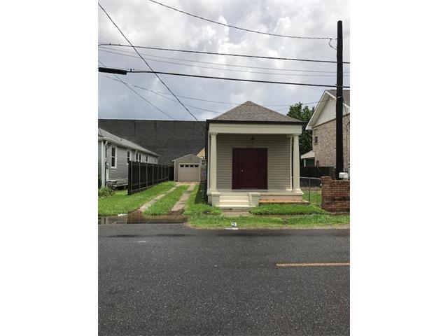 235 Brooklyn Avenue, Jefferson, LA 70121 (MLS #2108152) :: Crescent City Living LLC