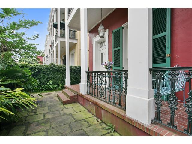 1206 Chartres Street #2, New Orleans, LA 70116 (MLS #2118171) :: Crescent City Living LLC
