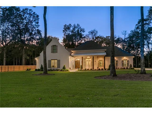 126 Pontchartrain Oaks Drive, Madisonville, LA 70447 (MLS #2125488) :: Turner Real Estate Group