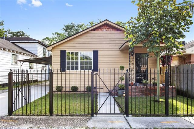 4015 Mcfarland Street, New Orleans, LA 70126 (MLS #2129827) :: Turner Real Estate Group