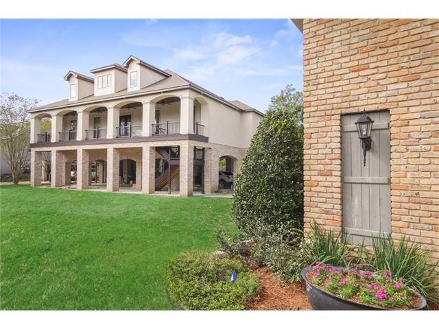 800 Copal Street, Mandeville, LA 70448 (MLS #2130053) :: Turner Real Estate Group