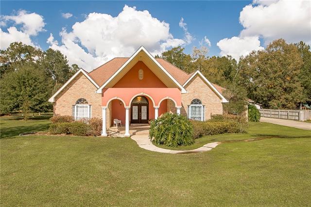 42556 Jefferson Drive, Hammond, LA 70403 (MLS #2131082) :: Turner Real Estate Group