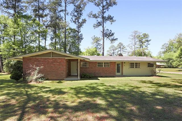 319 Peachtree Drive, Bogalusa, LA 70427 (MLS #2133387) :: Turner Real Estate Group