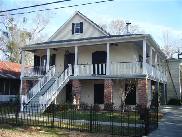 1815 Jefferson Street, Mandeville, LA 70448 (MLS #2134666) :: Turner Real Estate Group