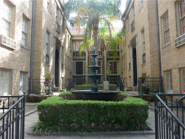 3300 St Charles Street #3, New Orleans, LA 70115 (MLS #2134933) :: The Robin Group of Keller Williams
