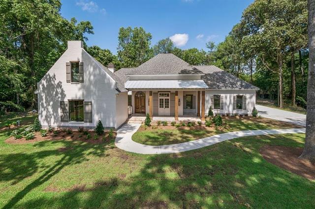 126 Pontchartrain Oaks Drive, Madisonville, LA 70447 (MLS #2136787) :: Turner Real Estate Group
