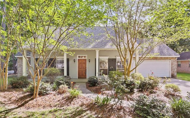 707 Kimberly Ann Circle, Mandeville, LA 70471 (MLS #2137567) :: Turner Real Estate Group