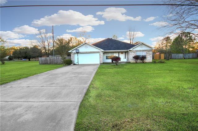 41213 Schafer Drive, Hammond, LA 70403 (MLS #2145158) :: The Robin Group of Keller Williams
