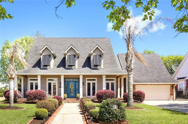 3801 Lake Providence Drive, Harvey, LA 70058 (MLS #2146806) :: Crescent City Living LLC