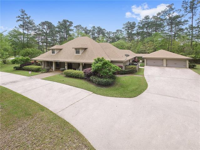 301 Hawk Drive, Slidell, LA 70461 (MLS #2147971) :: Crescent City Living LLC