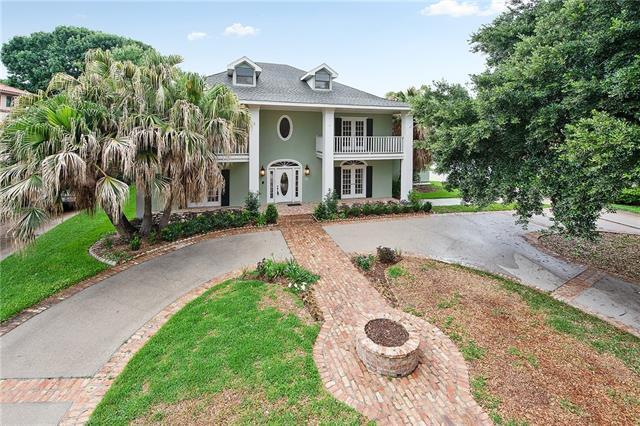 17 Chateau Haut Brion Drive, Kenner, LA 70065 (MLS #2154882) :: Crescent City Living LLC