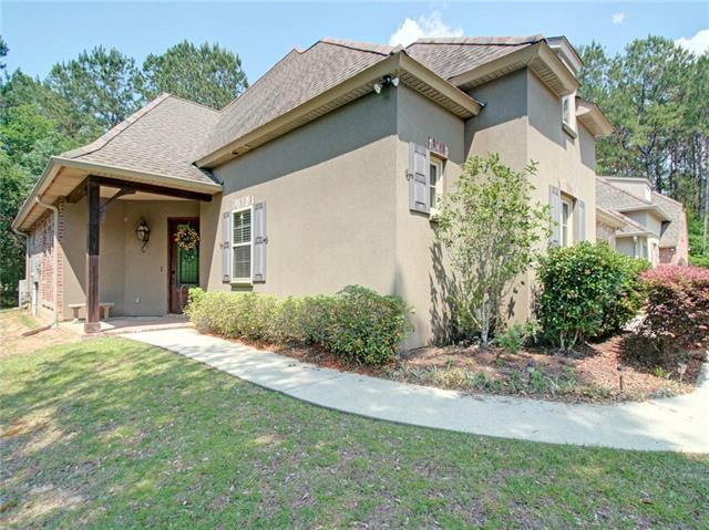 155 Grand Lake Drive, Covington, LA 70435 (MLS #2155370) :: Turner Real Estate Group