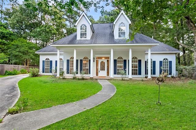 8001 Winners Circle, Mandeville, LA 70448 (MLS #2156953) :: Turner Real Estate Group