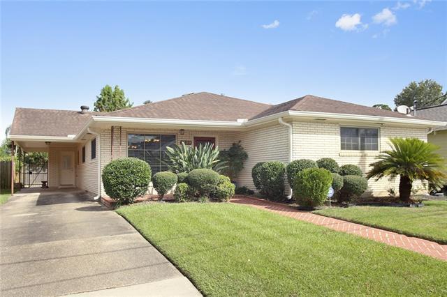 1329 Aviators Street, New Orleans, LA 70122 (MLS #2158294) :: Parkway Realty
