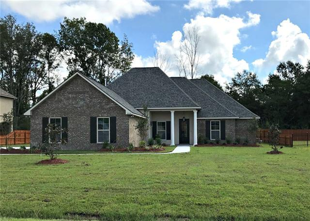 263 Saw Grass Loop, Covington, LA 70435 (MLS #2159504) :: Crescent City Living LLC