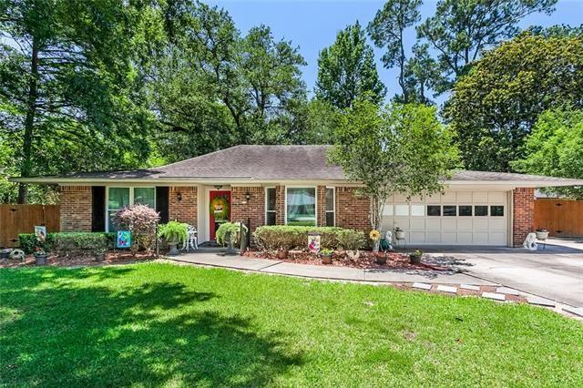 121 Bertel Drive, Covington, LA 70433 (MLS #2160742) :: Turner Real Estate Group