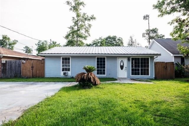 2410 Robin Street, Slidell, LA 70460 (MLS #2164797) :: Watermark Realty LLC