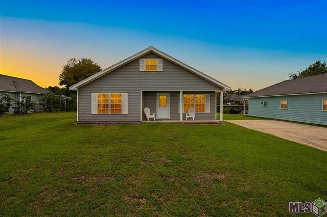 17049 Coles Creek Drive, Springfield, LA 70462 (MLS #2168627) :: Crescent City Living LLC