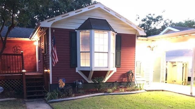604 Henry Landry Avenue, Metairie, LA 70003 (MLS #2169660) :: Crescent City Living LLC