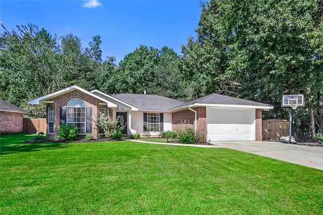 340 Colonial Court, Mandeville, LA 70448 (MLS #2173133) :: Parkway Realty
