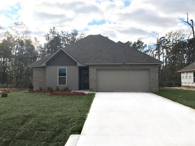 16068 South Trace Ext, Ponchatoula, LA 70454 (MLS #2173997) :: Inhab Real Estate