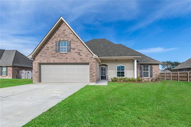 680 English Oak Drive, Madisonville, LA 70447 (MLS #2179999) :: Crescent City Living LLC