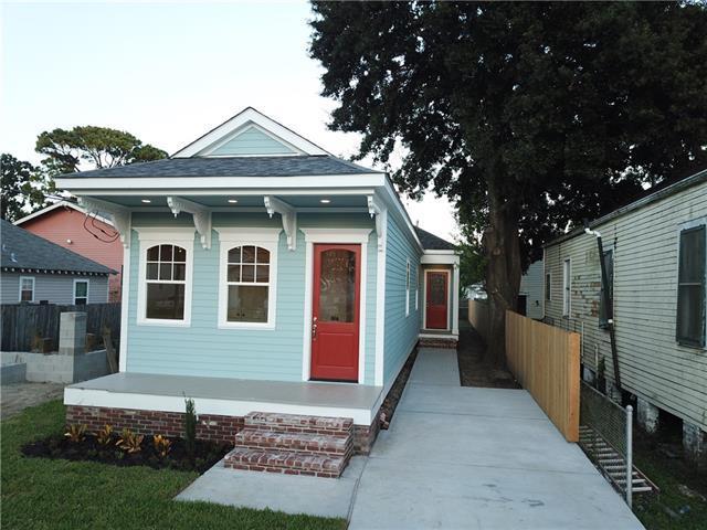 816 Monroe Street, Gretna, LA 70053 (MLS #2180365) :: Crescent City Living LLC