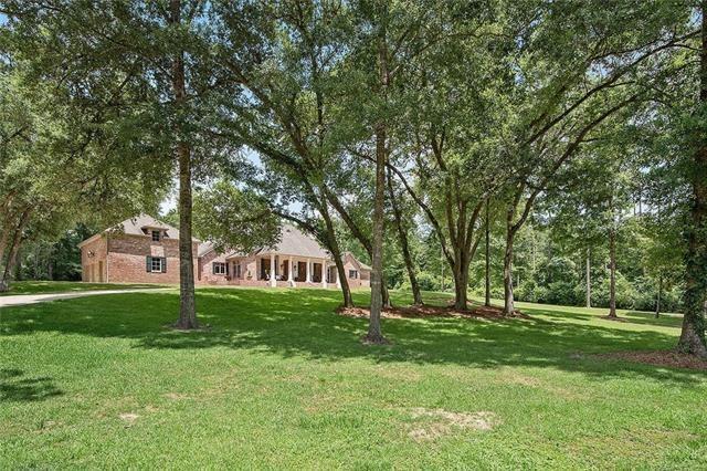 720 Oak Hollow Drive, Hammond, LA 70403 (MLS #2183124) :: Crescent City Living LLC