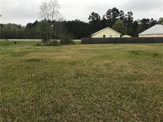 26327 Indian Run Drive, Springfield, LA 70462 (MLS #2183328) :: Parkway Realty