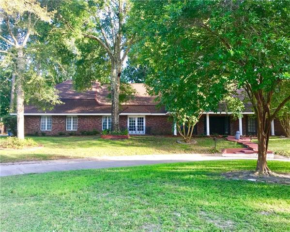 18 Woodvine Court, Covington, LA 70433 (MLS #2184561) :: Turner Real Estate Group