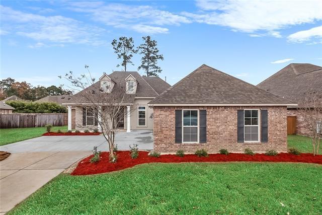 142 Laurel Oaks Road, Madisonville, LA 70447 (MLS #2185203) :: Turner Real Estate Group
