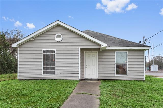 200 George Street, Avondale, LA 70094 (MLS #2191734) :: Turner Real Estate Group