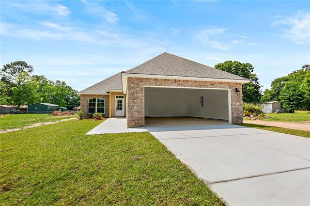 17119 Cherokee Trace, Independence, LA 70443 (MLS #2201268) :: Parkway Realty