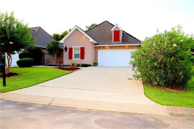 265 Lourdes Lane, Covington, LA 70435 (MLS #2203107) :: Crescent City Living LLC