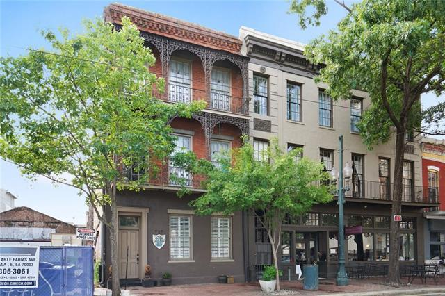 717 St Charles Avenue, New Orleans, LA 70130 (MLS #2205113) :: Crescent City Living LLC