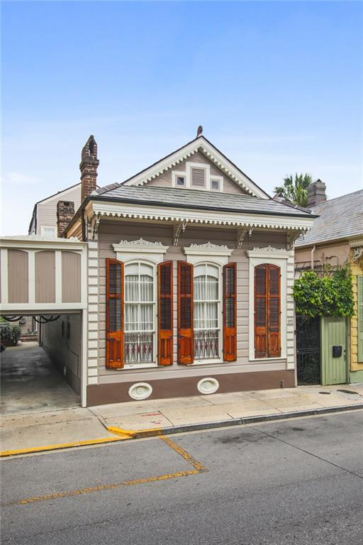 915 Dauphine Street, New Orleans, LA 70116 (MLS #2210631) :: Inhab Real Estate
