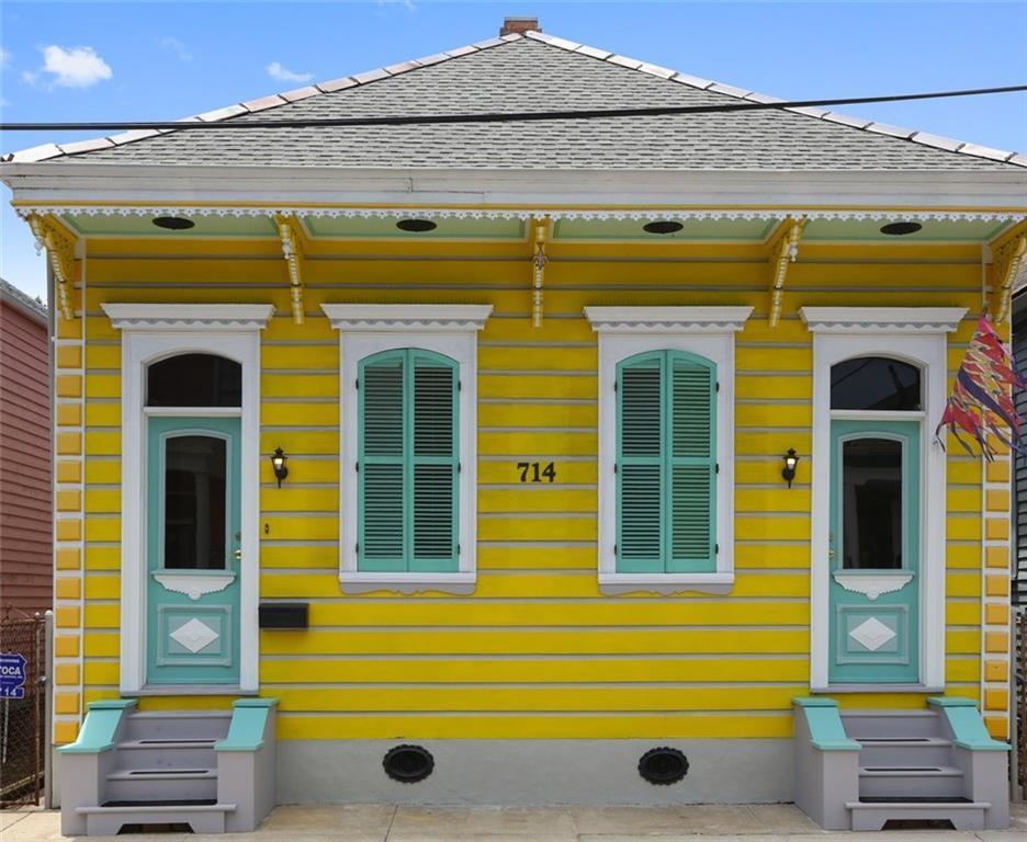 714 Bartholomew Street - Photo 1
