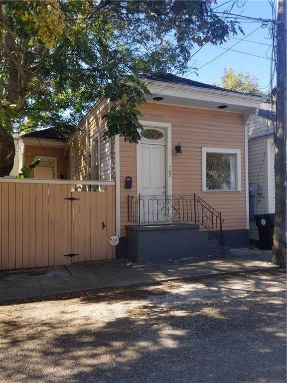 742 Pleasant Street - Photo 1